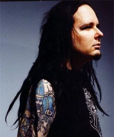 I have the biggest crush on Jonathan Davis from Korn.