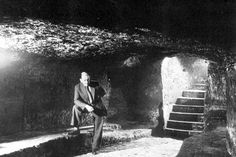 A cave under the Trip to Jerusalem