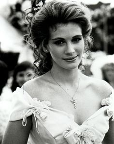 """'Steel Magnolias' - six divas of the silver screen come together as bosom friends in a story of life, love, and loss. """"I'd rather have 5 minutes of wonderful than a lifetime of nothing special"""" - Julia Roberts, 'Steel Magnolias'. Movie Wedding Dresses, Wedding Movies, Julia Roberts Movies, Magnolia Movie, Robert Young, Runaway Bride, Steel Magnolias, Actrices Hollywood, Iconic Movies"""