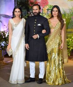 Kareena Kapoor Khan is all decked up to attend her Veere Di Wedding co-star Sonam Kapoor's reception party. She looks sensational in a gold saree by Manish Malhotra. Kareena Kapoor Khan, Saif Ali Khan Kurta, Bollywood Celebrities, Bollywood Fashion, Bollywood Stars, Sonam Kapoor Wedding, Karisma Kapoor, Manish Malhotra, Wedding Wear