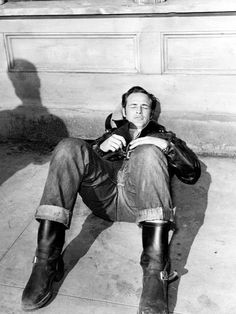 Marlon Brando #leatherjackets #boots