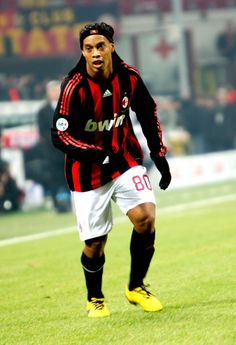 Ronaldinho Photos - Ronaldinho of AC Milan in action during the Serie A match between AC Milan and Udinese Calcio at San Siro Stadium on December 21, 2008 in Milan, Italy. (Photo by Vittorio Zunino Celotto/Getty Images) * Local Caption * Ronaldinho - AC Milan v Udinese Calcio - Serie A Football Awards, Fifa Football, Sport Football, Festival Hall, Ac Milan, Messi, Ronaldo, Real Madrid, Champion
