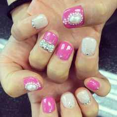 Cute pink nails! Come in to do this look! #aritumspa #nails #nailart #manicure