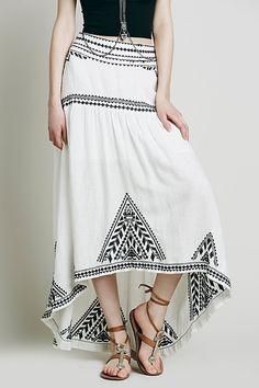Geometric Pattern Embroidery Skirt