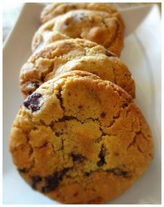 meilleurs cookies new york times Desserts With Biscuits, Cookie Desserts, Cookie Recipes, Dessert Recipes, Bolacha Cookies, Galletas Cookies, Cooking Chef, Cookies Et Biscuits, Chip Cookies