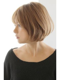 This Pin was discovered by For Summer Haircuts, Summer Hairstyles, Pretty Hairstyles, Super Short Hair, Short Hair Cuts, Medium Hair Styles, Short Hair Styles, Middle Hair, Fascinator Hairstyles