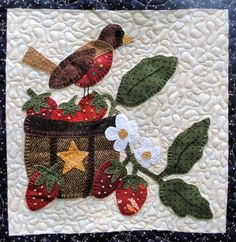 Tweets & Twinkles BOM - Block 3 Robin & Strawberries Quilt Pattern UCQ-P553 (advanced beginner, lap and throw)