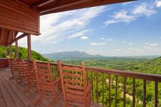 Are you looking for cheap cabins in Pigeon Forge or Gatlinburg? Click the pin to read more! #cabin #pigeonforge #gatlinburg