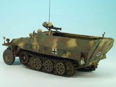 Sd.Kfz. 251/1 Ausf. D Falke