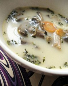 Tárkonyos gombaraguleves Soup Recipes, Vegan Recipes, Good Food, Yummy Food, Eat Pray Love, Hungarian Recipes, Ciabatta, Food 52, Soups And Stews