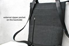 Backpack with external backside pocket by @inconnulab