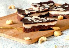 Nepečený dort s kokosmus a čokoládou – Na vlně chuti – Jitčiny Dobroty Healthy Sweets, Paleo, Desserts, Food, Tailgate Desserts, Deserts, Essen, Beach Wrap, Postres
