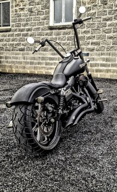 Harley Davidson Street Bob customized