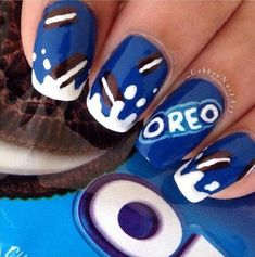 Two of my fav things oreo and nail art combined in one this is a dream come true lol! Two of my fav things oreo and nail art combined in one this is a dream come true lol! Pretty Nail Art, Cute Nail Art, Fancy Nail Art, Stylish Nails, Trendy Nails, Food Nail Art, Nagellack Design, Crazy Nails, Crazy Nail Art