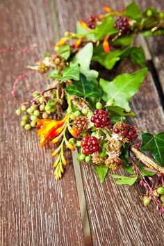 blackberry circlet Fall Wedding Flowers, Autumn Wedding, Circlet, Blackberry, Wedding Ideas, Board, Plants, Blackberries, Plant