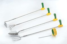 Peta Easi-Grip Long Reach Garden Tools Set of 4 for gardeners who have to sit while gardening. Long garden tools set helps people with arthritis garden without bending. Long garden tools set with non-slip handles are easy for arthritic hands to grip. Garden Tool Storage, Garden Tool Set, Adaptive Equipment, Tools And Equipment, Best Garden Tools, Gardening Tools, Organic Gardening, Gardening Hacks, Garden Tips