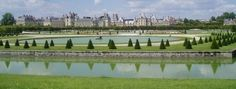Chateau de Fontainebleau has been continuously inhabited by French royals for eight centuries. French Castles, Medieval Castle, Golf Courses, Dolores Park, Php, Travel, Royals, Woods, Europe