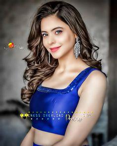 Beautiful Girl In India, Beautiful Girl Image, Love Couple Photo, Couple Photos, Pretty Girls, Cute Girls, Cute Girl Pic, Girls Dp, Girls Image