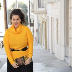 Banana Republic Turtleneck Beautiful canary yellow turtleneck by banana republic. You'll note that in the last picture of the listing there is a pull on the righthand shoulder of the sweater. I've discounted the price to reflect this. Banana Republic Sweaters Cowl & Turtlenecks
