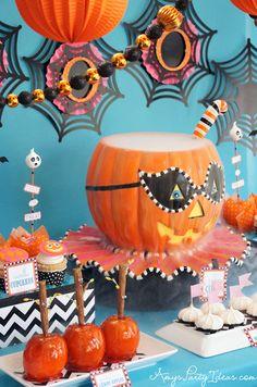A Blissful Nest Amys Party ideas Glitterville Halloween 2 {BN Black Book of Parties} Glitterville Halloween Party