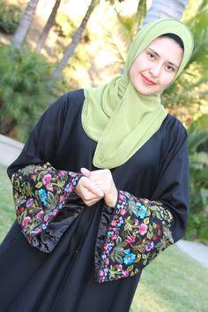 Islamic Hijab and Abaya (14)