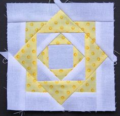 Paper pieced square in a square. Sampler Quilts, Star Quilts, Quilt Block Patterns, Quilt Blocks, Quilting Projects, Quilting Designs, Quilting Ideas, Dear Jane Quilt, Quilt Display