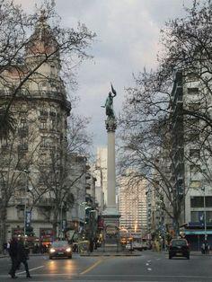 18 de Julio - Plaza Cagancha, Montevideo Uruguay