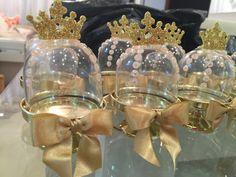 Encontrada no Google em elo7.com.br Princess Theme, Baby Shower Princess, Princess Birthday, Diy Party, Party Gifts, Party Favors, Princesse Party, Candy Bar Party, Baby Shower Items