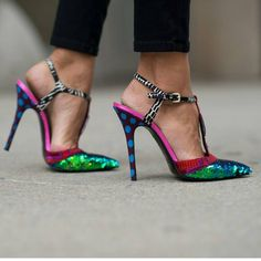 Ultra funky shoes spotted at #NYFW #MBFW #SS15 #Streetstyle