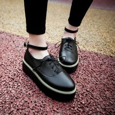Womens Ankle Strap Platform Gothic Creeper Shoes Fashion Breathable Oxfords