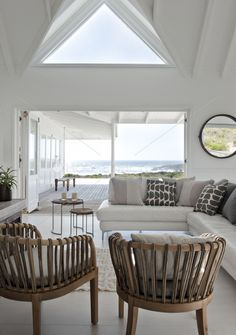 Beautiful! #design #interiordesign #loveit @TerezaPregoD inspirations