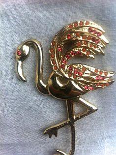 Vintage 1960s Brooch Pin / Stork Figural Pink by bonitalouise