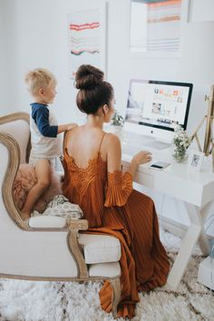 Photography: Emmy Lowe - www.emmylowephoto.com Read More on SMP: http://www.stylemepretty.com/living/2016/11/22/peek-inside-the-dream-closet-turned-office-of-a-fashion-blogger/