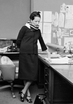 A celebrated predecessor of Anna Wintour's, Vogue editor in chief Diana Vreeland was no less influential and every bit an icon of New York fashion. She was named seven times to the Best-Dressed List before entering the Hall of Fame. Diana Vreeland, Yasmina Rossi, Vogue Editor In Chief, Harper's Bazaar, Tilda Swinton, Grace Coddington, The Empress, Nyc, Giovanna Battaglia