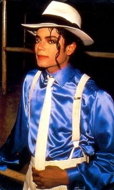 Michael Jackson in the set of Smooth Criminal Short film. (Launch for the Bad Album Michael Jackson Bad, Michael Jackson Smooth Criminal, Michael Jackson Fotos, Michael Jackson Wallpaper, The Jackson Five, Jackson Family, Janet Jackson, Paris Jackson, Rodrigo Teaser