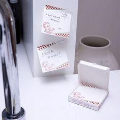 130 Notizzetttel kultig verstaut in einer kleinen Pizza-Box.