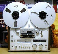 Akai GX625 - www.remix-numerisation.fr - Rendez vos souvenirs durables ! - Sauvegarde - Transfert - Copie - Digitalisation - Restauration de bande magnétique Audio - MiniDisc - Cassette Audio et Cassette VHS - VHSC - SVHSC - Video8 - Hi8 - Digital8 - MiniDv - Laserdisc - Bobine fil d'acier - Digitalisation audio