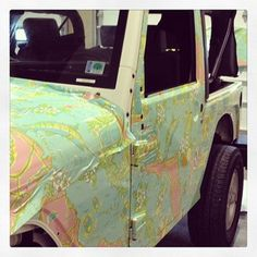 how is it I don't have one of these yet?!?!?  Our Lilly Jeeps got a face-lift!  Shown is  our new Florida State Print.