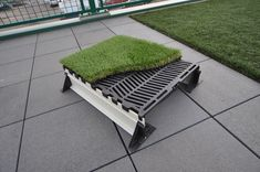 Flat Roof Deck Pavers - Tired of this artificial appearance of many alternative wood decks on the market? Flat Roof House, House Deck, Plot Beton, Paver Deck, Decks, Rooftop Design, Green House Design, Pergola, Decking Material