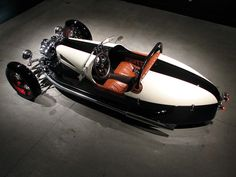 The Ace Cycle-Car is a rebirth of the Morgan Cycle Car. These Harley V-twin powered beauties are built in excruciating detail by Pete Larsen in Seattle, Wa. Beautiful works.