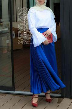 Kuala Lumpur Modest Set Hijab Wear, Hijab Outfit, Hijab Fashion, Style Fashion, Fashion Outfits, Abaya Dubai, Abaya Style, Modest Wear, Islamic Clothing