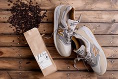 A collaborative combination that we'll never tire of, J.Crew and New Balance combine once again, this time for their third iteration of the 997 silhouette, and this one has been dubbed &#8220…