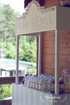Budka z lemoniadą - na wynajem na wesele, urodziny, chrzciny i każde inne przyjęcie. #rekwizytorniaandcompany #wesele #urodziny #dekoracje #lemonadestand #trójmiasto