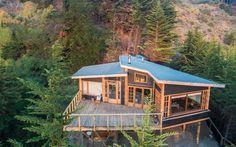 Galería de Casa en la punta del cerro / Lotecircular - 3 Prefab Homes, Cabin Homes, Log Homes, Thai House, Cottage Plan, Sims House, Cabins And Cottages, House Layouts, House Goals