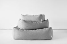 Modern Dog Beds from Doca Pet Love these