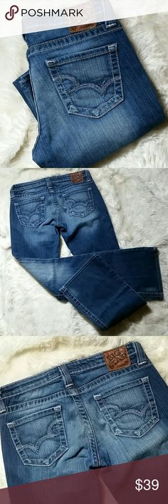 """Big Star Bootcut Casey K Stretch Jeans Size 28 Medium blue wash.  Button and zip fly. Baby blue stitched back pockets. Stretchy 99% cotton and 1% spandex.  Preowned in good condition with no rips, holes, tears or stains.   Waist 15"""" Rise 7.5"""" Inseam 31.5"""" Leg Opening 9.5"""" Big Star Jeans Boot Cut"""