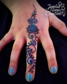 Quick finger henna www.JamilahHennaCreations.com