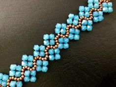 Easy bracelet with bicone crystals ~ Seed Bead Tutorials - Bracelets - Tutorials Beaded Necklace Patterns, Beaded Bracelets Tutorial, Seed Bead Patterns, Seed Bead Bracelets, Beading Patterns, Handmade Bracelets, Silver Bracelets, Garnet Bracelet, Macrame Bracelets