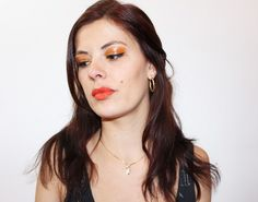 maquillage orange monday shadow challenge Sweet Makeup, Peps, Challenges, Drop Earrings, Beautiful, Orange Makeup, Soft Makeup, Drop Earring