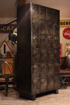 Meuble de métier ancien casier d'usine Deco loft